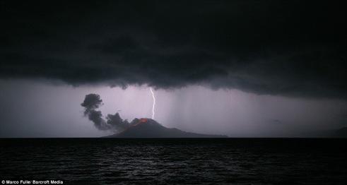 gunung krakatau-3