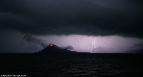 gunung krakatau-4