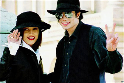 Menikahi_Lisa Marie Presley_1994